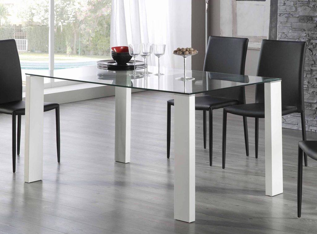 Mesas de comedor merkamueble diferentes estilos for Mesa cristal 120x70