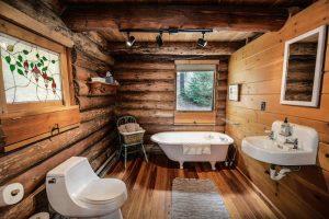 baños rusticos con piedra