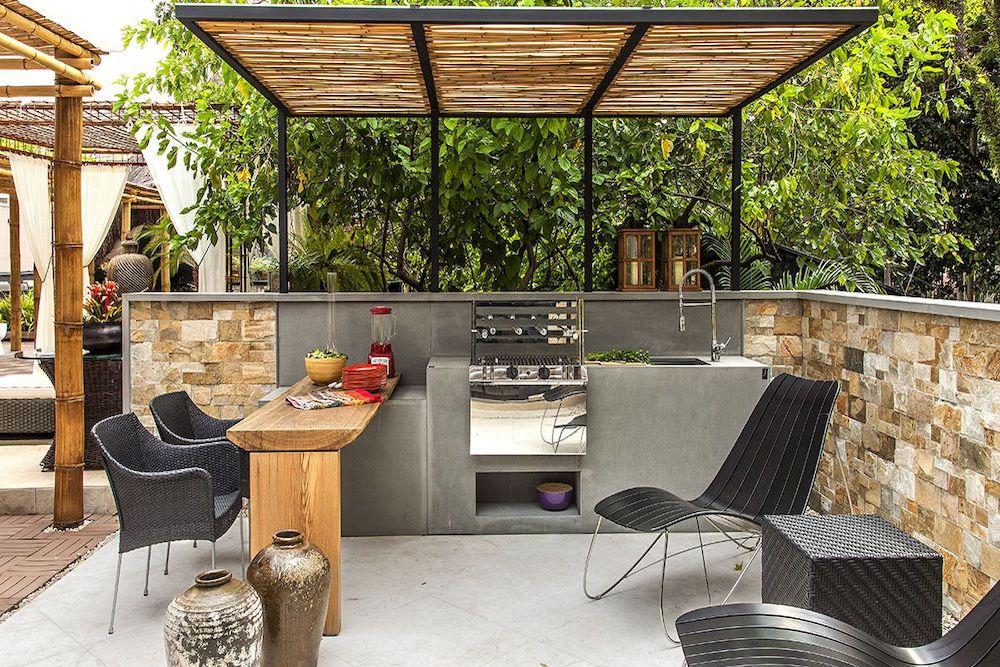 Montar un jardin con barbacoa y piscina