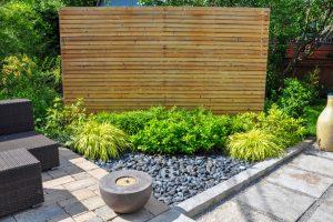 ideas para decorar jardines pequeños con piedras